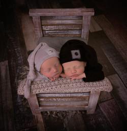 Twins-7