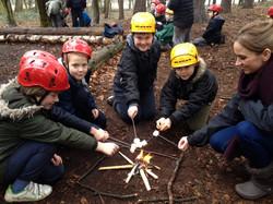Bushcraft - Toasting marshmallows