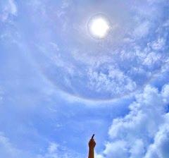沖縄県石垣市の観光で有名な川平湾で日輪をキャッチしましたよ