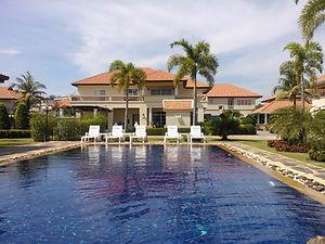 Vuokraa huvila thaimaan toinen uima-allas. Thaimaan vuokra-asunnot.