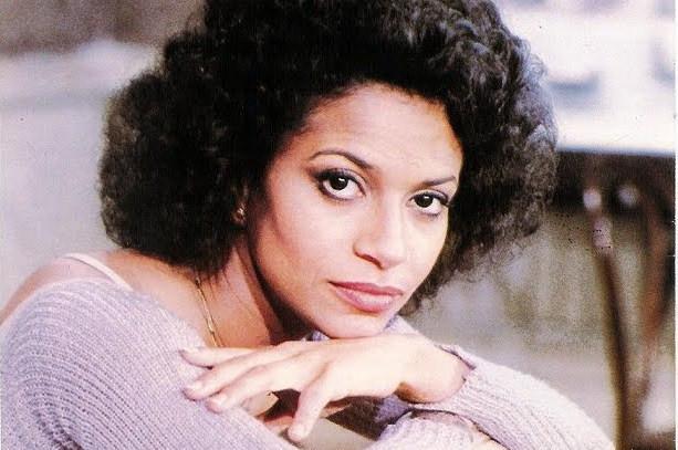 Debbie Allen2.jpg