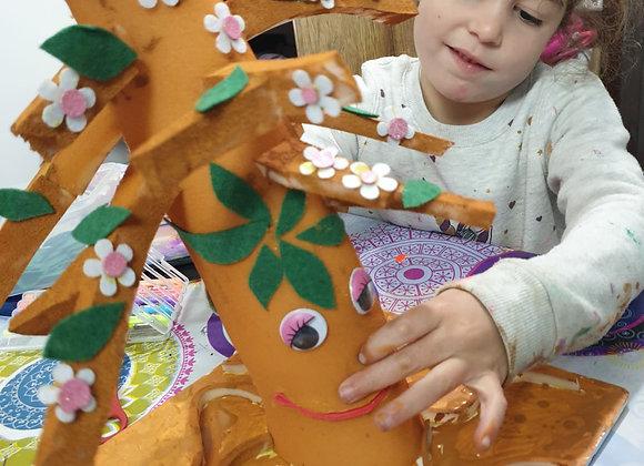 ערכת יצירה בובת עץ