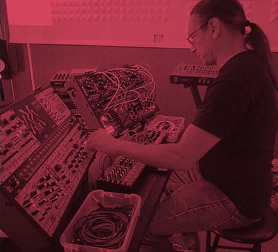 BEANALOG: Tecnología Musical & Comunidad.