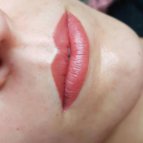 Close-up aqua lips right after treatment