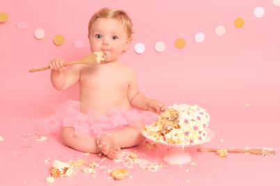 Phoebe's Cake Smash