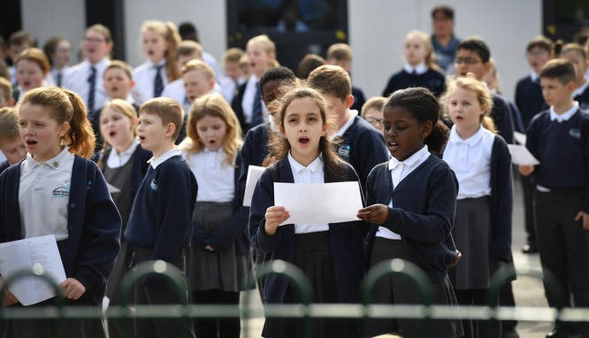Children Sing to Bring Joy to the Elderly