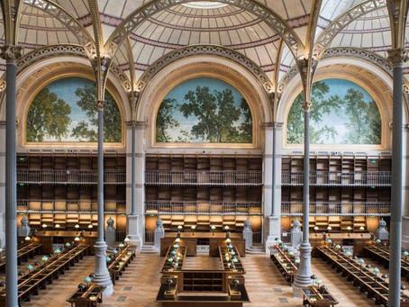 La sontuosa Bibliothèque Richelieu di Parigi