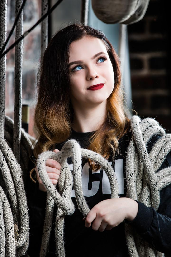 Senior Photos | Girl with Tie Lines