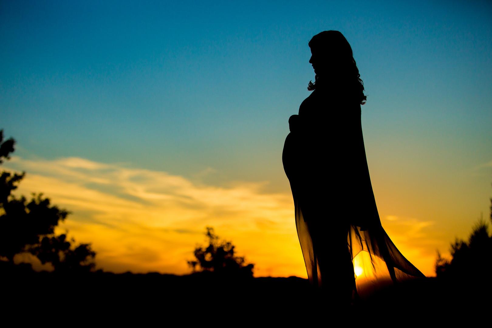 Maternity Silhouette Photography | Omaha