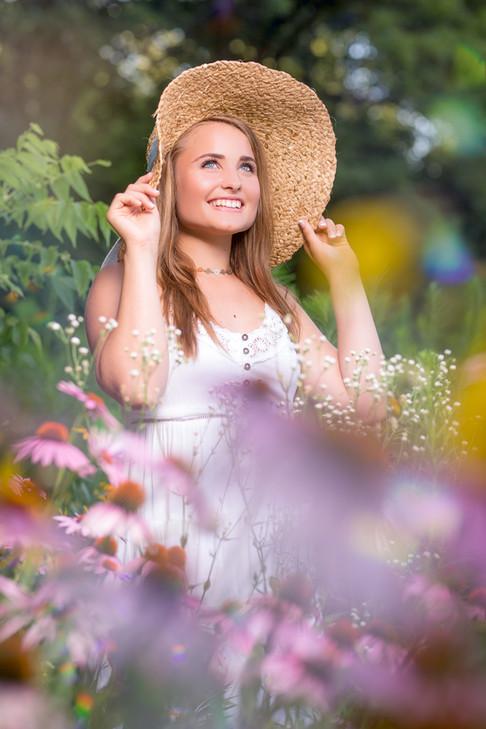 Senior Girl | Outside Sun Hat