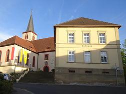 rathaus kirche.jpg