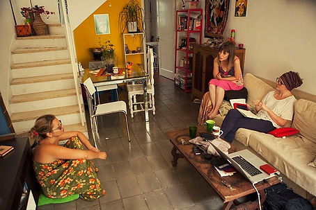 Couchsurfing, Couchsurfers, Host Travelers
