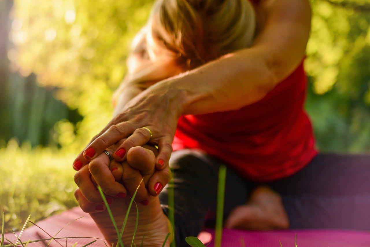 yoga-2662234_1280.jpg
