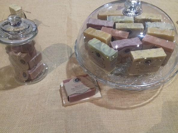 Collection des savons naturels Savonnerie LILI DES BOIS JOLIS