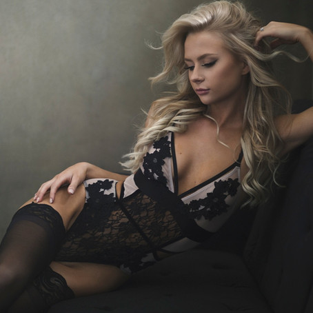 All the Basics - Info on a Boudoir Shoot With Arnica Spring Photography