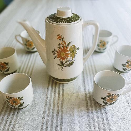 1960's-style Tea Set {4 cups} w. Serving Platter