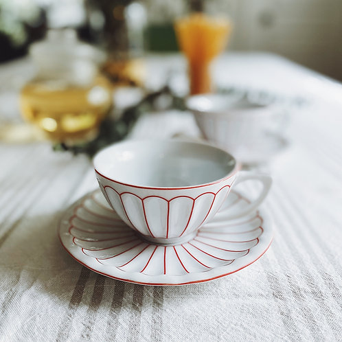 French Scalloped Tea Cups & Saucers {2}