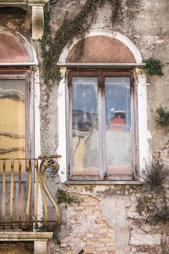 Venice Arched Window