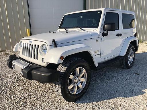 2014 White Jeep Wrangler Sahara