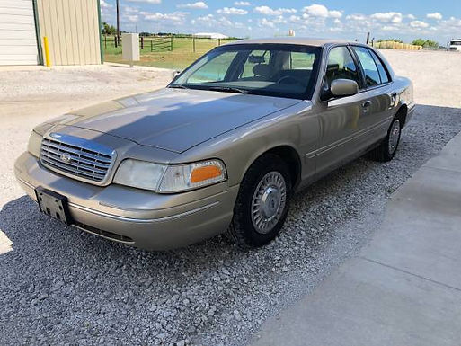 2000 Gold Ford Crown Victoria