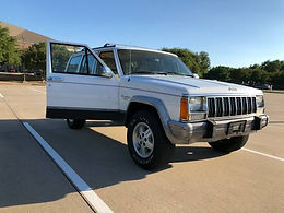 1992 Bright White Jeep Cherokee Loredo