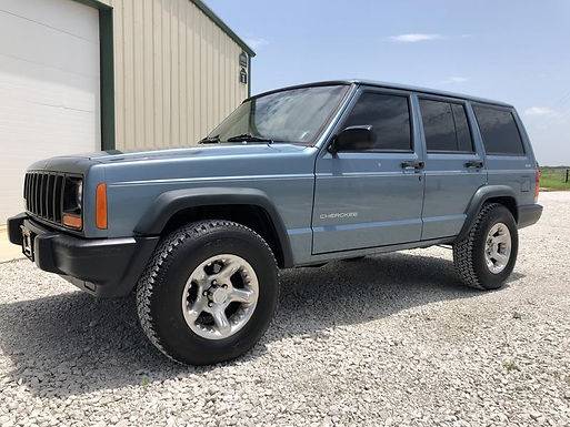 1997 Gunmetal Blue Jeep Cherokee XJ 4x4