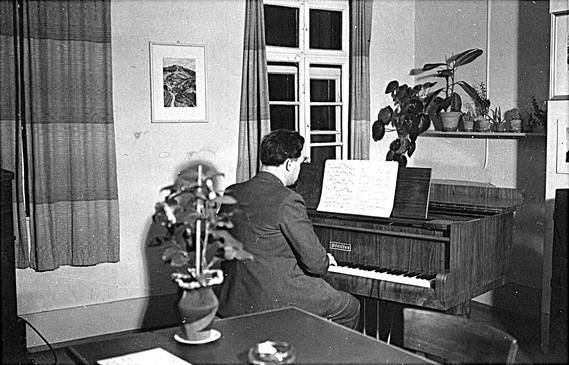 Pfeiffer Grand Piano