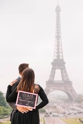 paris couple photo session board