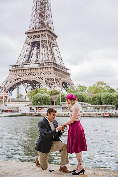 surprise proposal in Paris