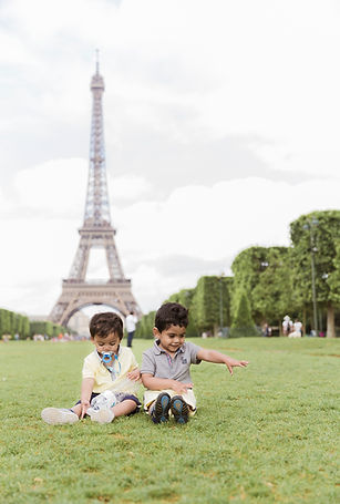 eiffel tower children photo shoot