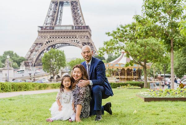 family photo shoot paris