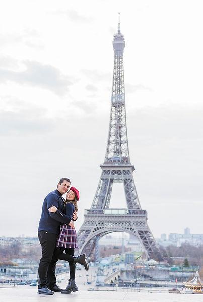 photo shoot eiffel tower love