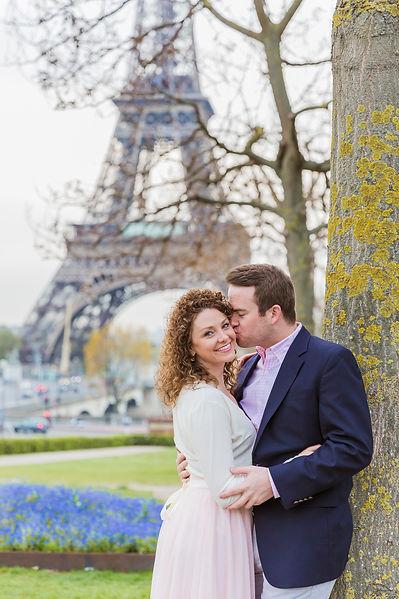 Couple photo shoot in Paris