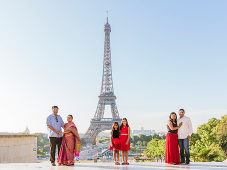 Family photo shoot at Trocadéro Gardens!
