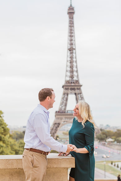 engagement photos paris