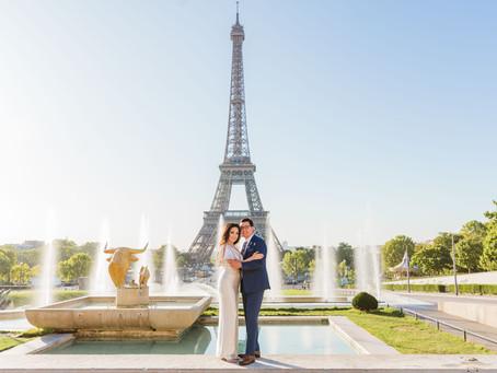 Elegant photo shoot at Eiffel Tower