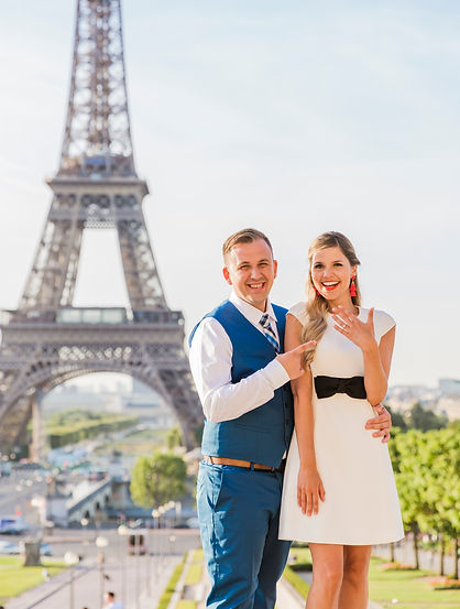 Paris surprise proposal couple