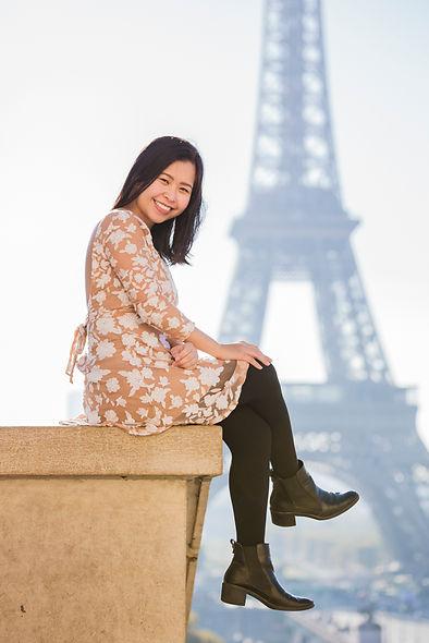 SOLO PORTRAIT PARIS EIFFEL TOWER