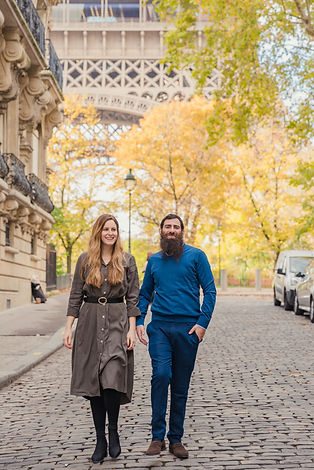 parisian couple photo shoot