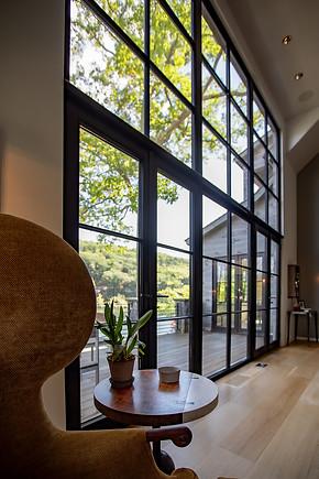 pg_westshore_livingroom_windows.jpg