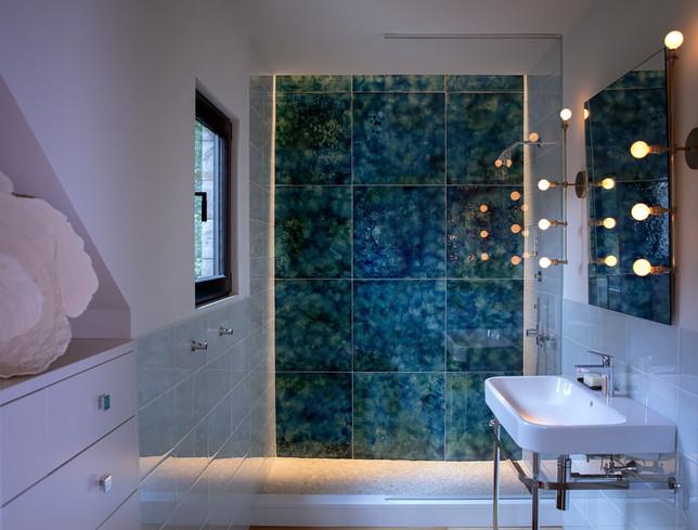 pg_westshore_bathroom.jpg