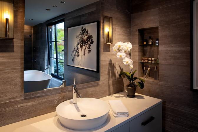 pg_westshore_masterbathroom.jpg