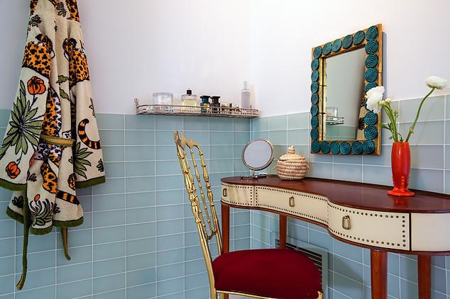 pg_tinkerhill_bathroom3.jpg