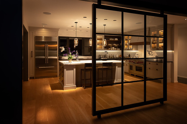 pg_westshore_kitchen_night.jpg