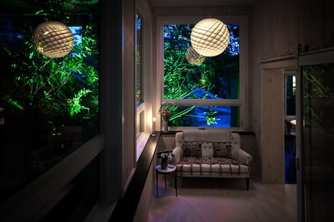 pg_tinkerhill_sittingroom_night.jpg