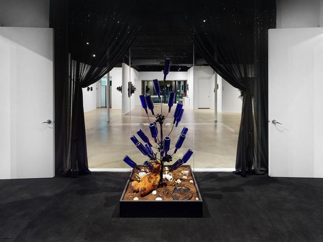 T Elliot Mansa-Installation