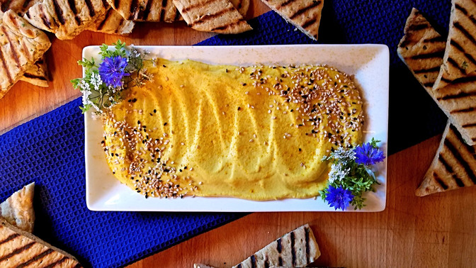 Golden Beet Hummus