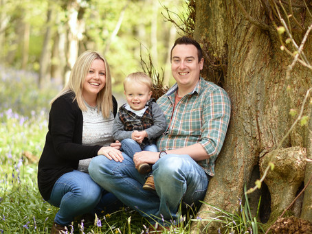The Bennett Family - Mother's Day Mini - Bluebell Session