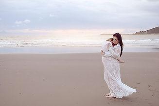 aberystwyth maternity photographer.jpg