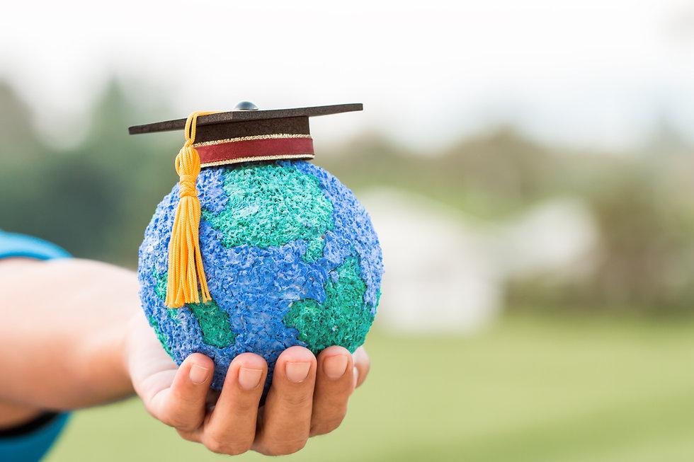Education world knowledge ideas. Graduat